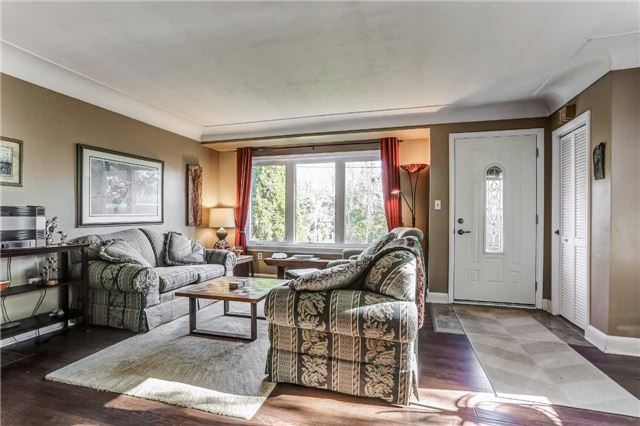 Detached at 7022 Guelph Line, Milton, Ontario. Image 13
