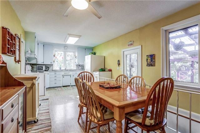 Detached at 7022 Guelph Line, Milton, Ontario. Image 14