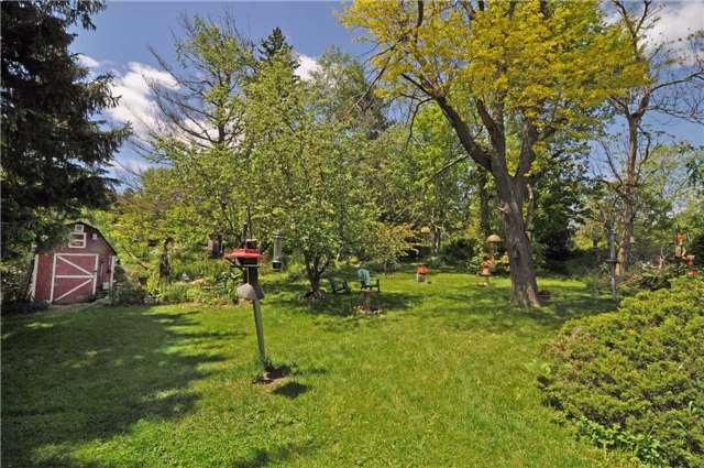 Detached at 7022 Guelph Line, Milton, Ontario. Image 6