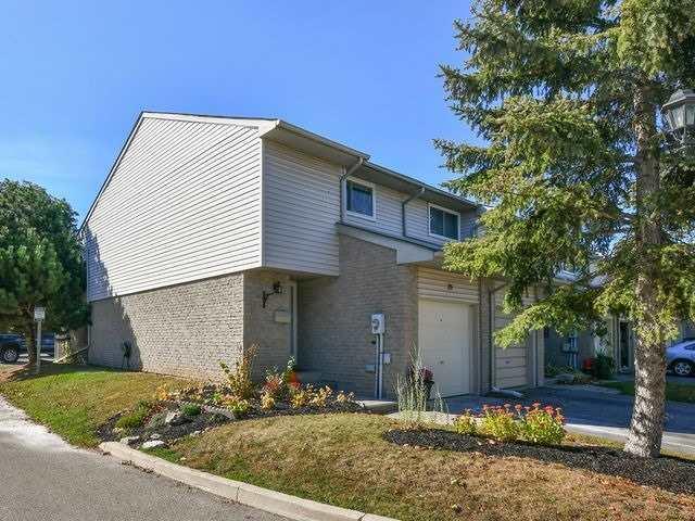 Condo Townhouse at 26 Orange Mill Crt, Orangeville, Ontario. Image 1