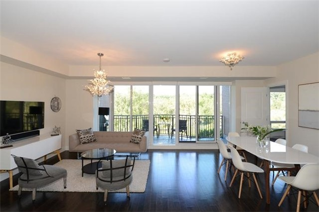 Condo Apartment at 30 Old Mill Rd, Unit 406, Toronto, Ontario. Image 12