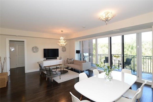 Condo Apartment at 30 Old Mill Rd, Unit 406, Toronto, Ontario. Image 16