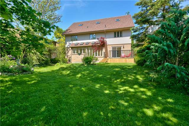 Detached at 3102 Lakeshore Rd W, Oakville, Ontario. Image 14