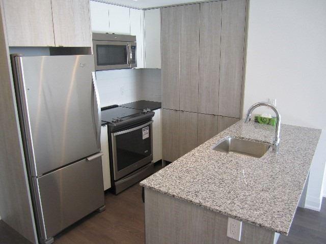 Condo Apartment at 9 Valhalla Inn Rd, Unit 1703, Toronto, Ontario. Image 14