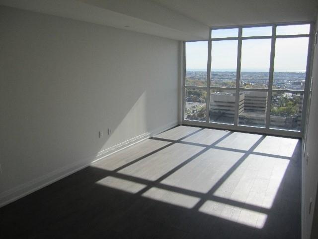 Condo Apartment at 9 Valhalla Inn Rd, Unit 1703, Toronto, Ontario. Image 15