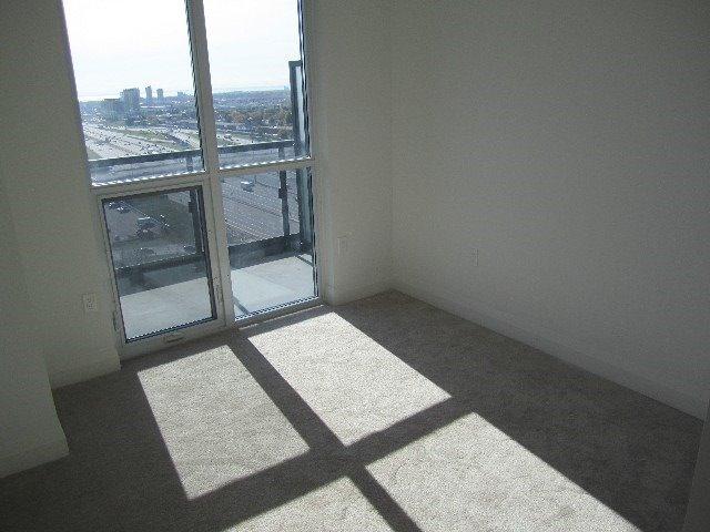 Condo Apartment at 9 Valhalla Inn Rd, Unit 1703, Toronto, Ontario. Image 16
