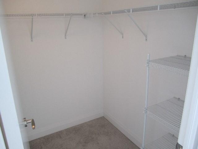 Condo Apartment at 9 Valhalla Inn Rd, Unit 1703, Toronto, Ontario. Image 17