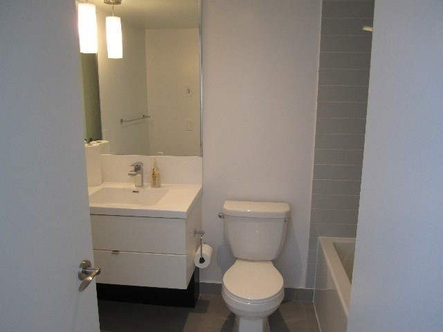 Condo Apartment at 9 Valhalla Inn Rd, Unit 1703, Toronto, Ontario. Image 18