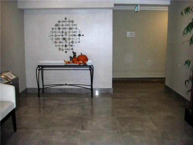 Condo Apartment at 551 The West Mall, Unit 1109, Toronto, Ontario. Image 16