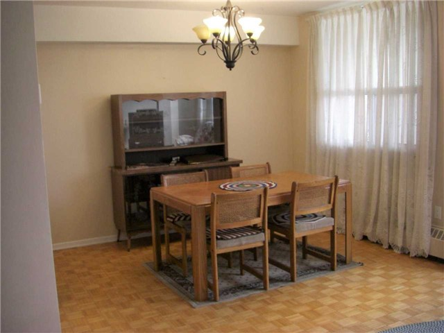 Condo Apartment at 551 The West Mall, Unit 1109, Toronto, Ontario. Image 17