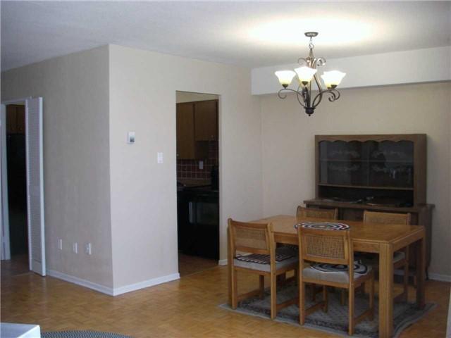 Condo Apartment at 551 The West Mall, Unit 1109, Toronto, Ontario. Image 18