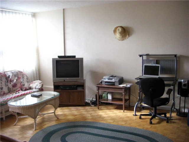 Condo Apartment at 551 The West Mall, Unit 1109, Toronto, Ontario. Image 20