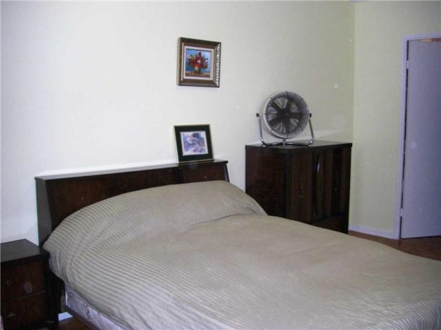 Condo Apartment at 551 The West Mall, Unit 1109, Toronto, Ontario. Image 5