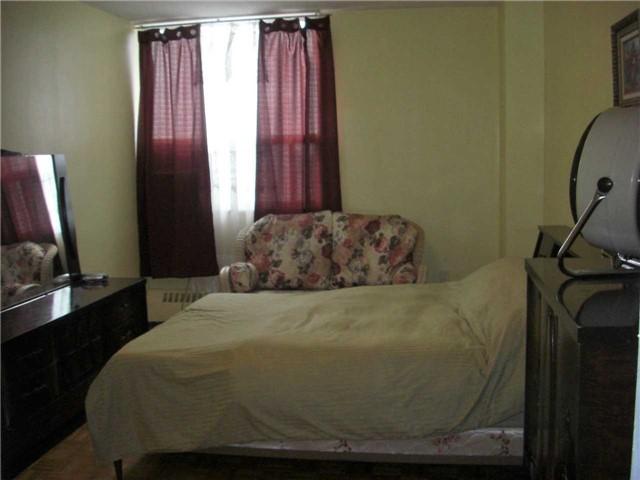 Condo Apartment at 551 The West Mall, Unit 1109, Toronto, Ontario. Image 7