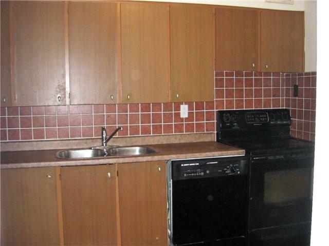 Condo Apartment at 551 The West Mall, Unit 1109, Toronto, Ontario. Image 9