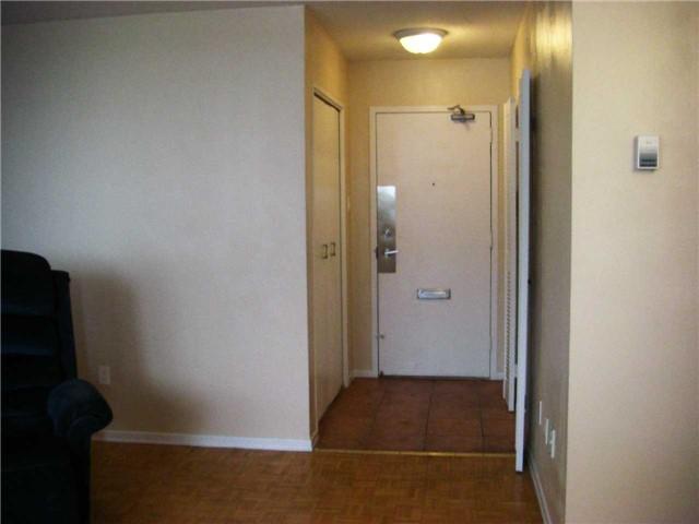Condo Apartment at 551 The West Mall, Unit 1109, Toronto, Ontario. Image 10