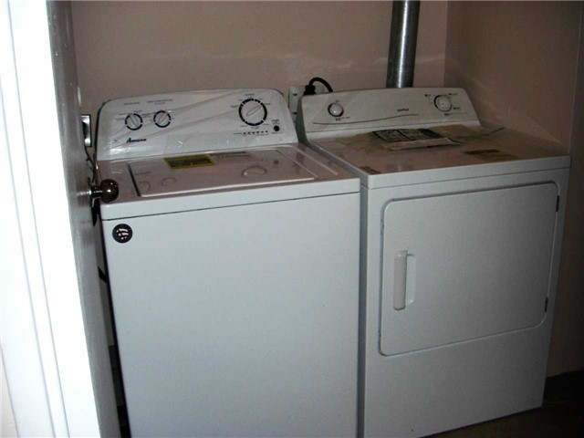 Condo Apartment at 551 The West Mall, Unit 1109, Toronto, Ontario. Image 13