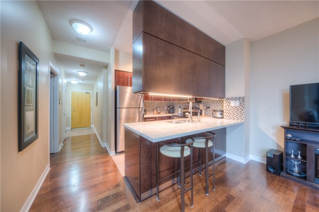 Condo Apartment at 5 Marine Parade Dr, Unit 430, Toronto, Ontario. Image 6