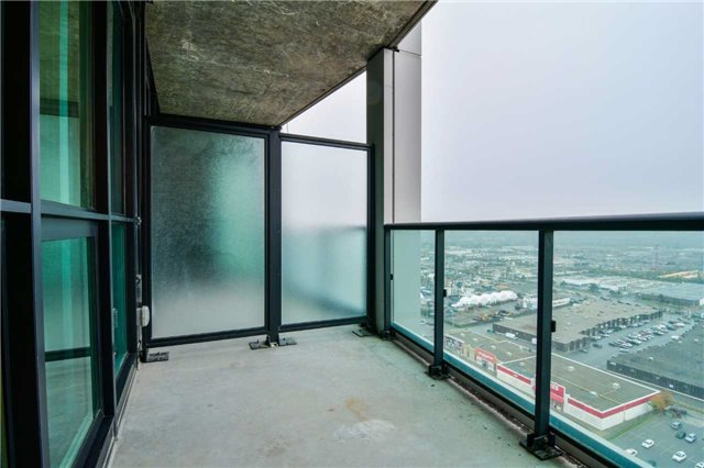 Condo Apartment at 3985 Grand Park Dr, Unit 2407, Mississauga, Ontario. Image 6