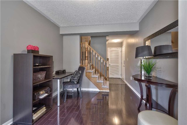 Townhouse at 913 Deverell Pl, Milton, Ontario. Image 13