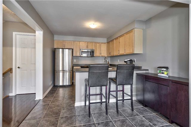 Townhouse at 913 Deverell Pl, Milton, Ontario. Image 15