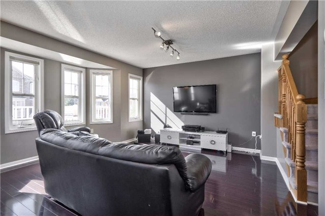 Townhouse at 913 Deverell Pl, Milton, Ontario. Image 18