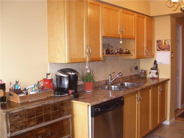 Condo Apartment at 350 Rathburn Rd W, Unit 1107, Mississauga, Ontario. Image 15