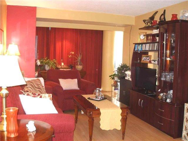 Condo Apartment at 350 Rathburn Rd W, Unit 1107, Mississauga, Ontario. Image 16