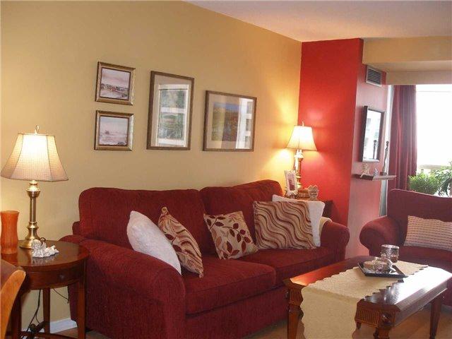 Condo Apartment at 350 Rathburn Rd W, Unit 1107, Mississauga, Ontario. Image 17