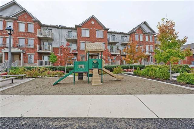 Condo Townhouse at 3250 Bentley Dr, Unit 34, Mississauga, Ontario. Image 10