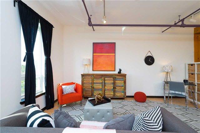 Condo Apartment at 121 Prescott Ave, Unit 27, Toronto, Ontario. Image 5