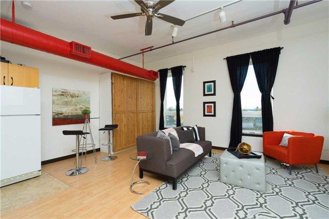 Condo Apartment at 121 Prescott Ave, Unit 27, Toronto, Ontario. Image 9