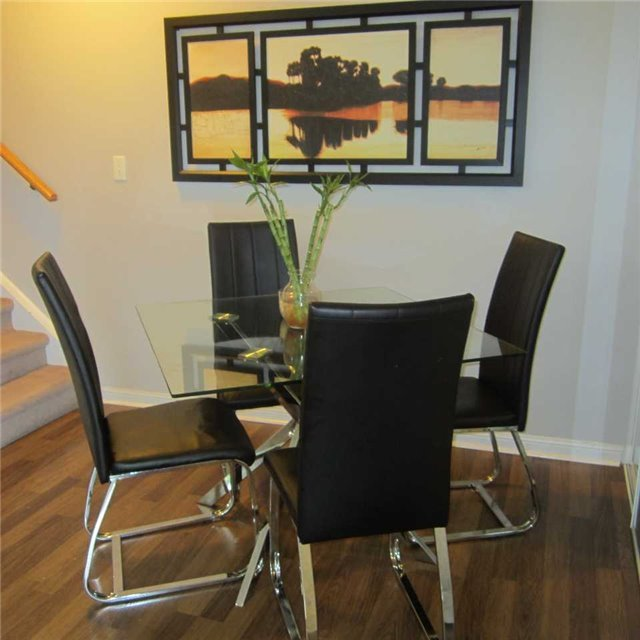 Condo Townhouse at 3045 Finch Ave W, Unit 2098, Toronto, Ontario. Image 5