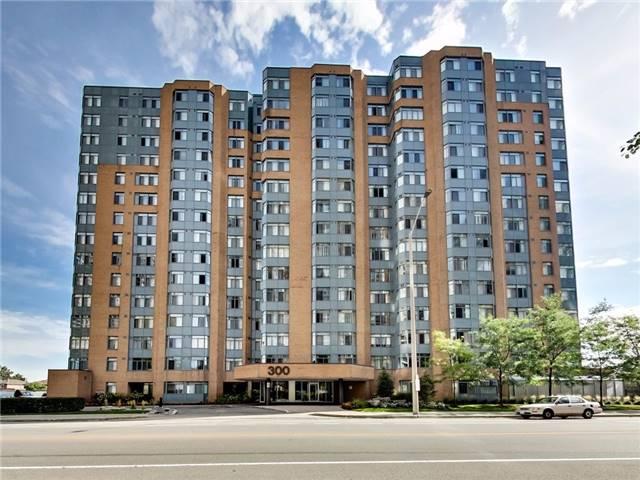 Condo Apartment at 300 Webb Dr, Unit Ph4, Mississauga, Ontario. Image 1