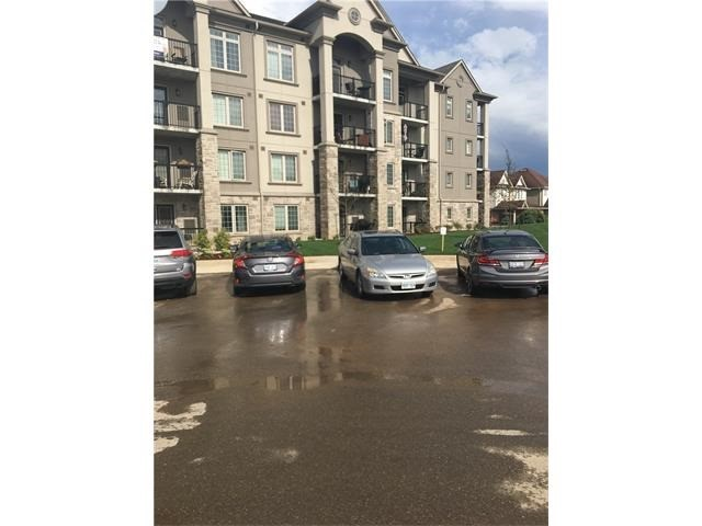 Condo Apartment at 1470 Main St E, Unit 305, Milton, Ontario. Image 14