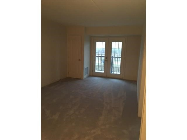 Condo Apartment at 1470 Main St E, Unit 305, Milton, Ontario. Image 16