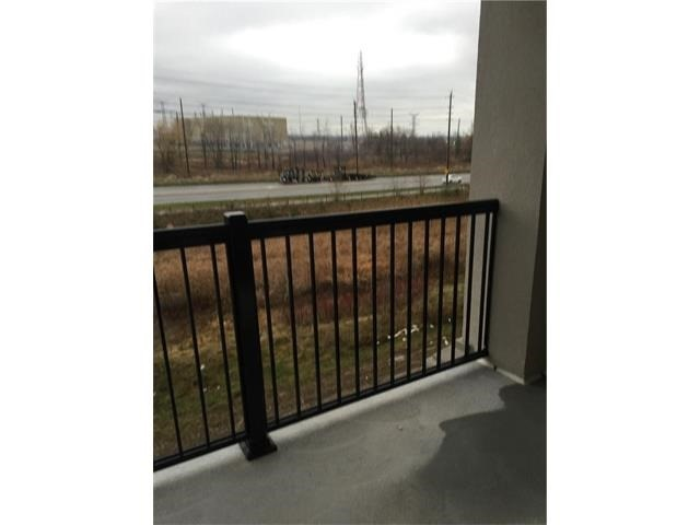 Condo Apartment at 1470 Main St E, Unit 305, Milton, Ontario. Image 7