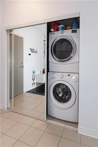 Condo Apartment at 3525 Kariya Dr, Unit 1503, Mississauga, Ontario. Image 4