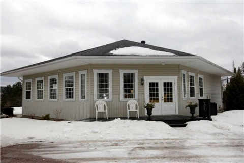 Detached at 3537 Palmer Rd, Brudenell, Lyndoch and Ragl, Ontario. Image 1