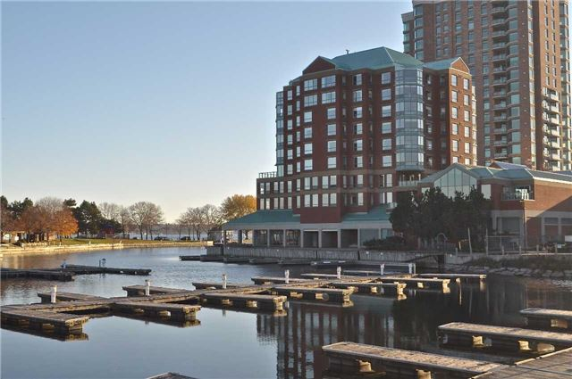 Condo Apartment at 11 Broad St, Unit 401, Brockville, Ontario. Image 1