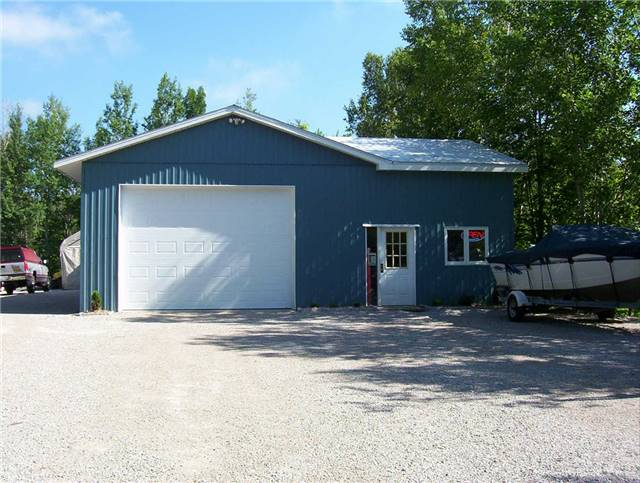 Detached at 785 Granary Lake Rd, Blind River, Ontario. Image 14