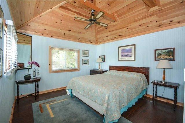 Cottage at 32272 Georgian Bay Shor, Georgian Bay, Ontario. Image 5