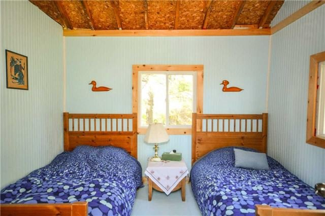 Cottage at 32272 Georgian Bay Shor, Georgian Bay, Ontario. Image 7