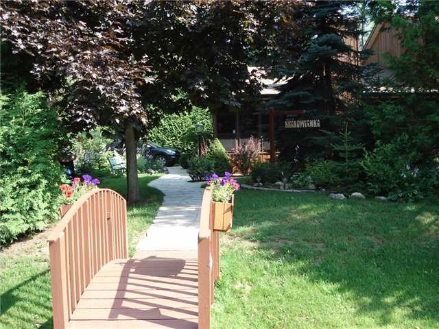 Detached at 1103 2nd Ave N, Out of Area, Ontario. Image 6