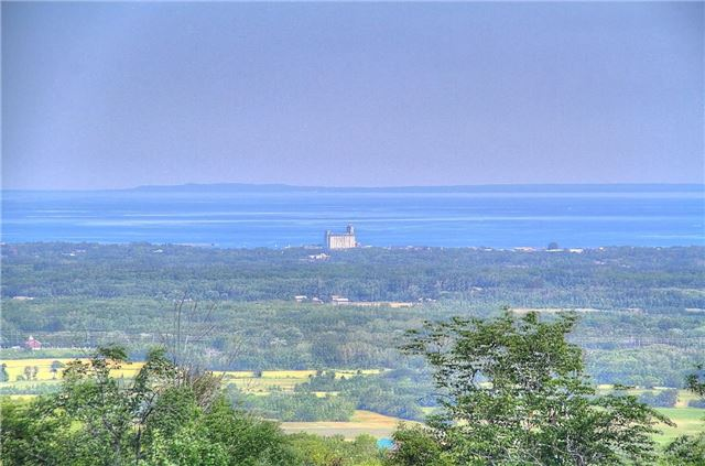 Rural Residence at 1337 Conc 10 Nottawasaga Rd, Clearview, Ontario. Image 12