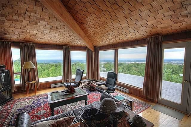 Rural Residence at 1337 Conc 10 Nottawasaga Rd, Clearview, Ontario. Image 7
