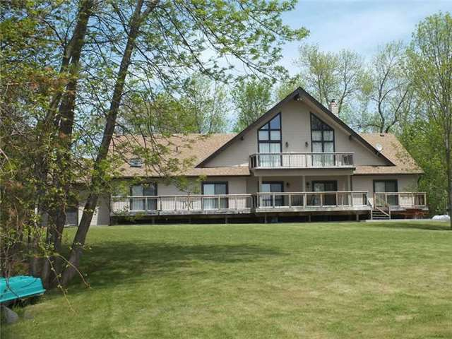 Detached at 191 Moore Point Rd, Georgian Bay, Ontario. Image 11