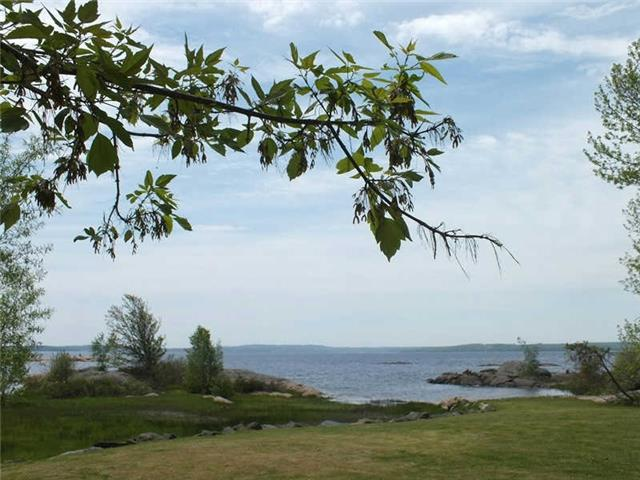 Detached at 191 Moore Point Rd, Georgian Bay, Ontario. Image 5