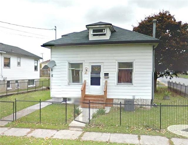 Detached at 17 Campbell St, Quinte West, Ontario. Image 1