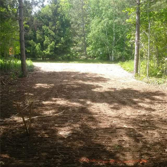 Vacant Land at 31 Moggy Pkwy S, Central Manitoulin, Ontario. Image 3